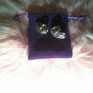 Retro swan pushback earrings